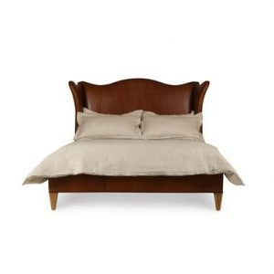 Hilton Head Furniture Store - Hannah Leather Wing Bed King Size
