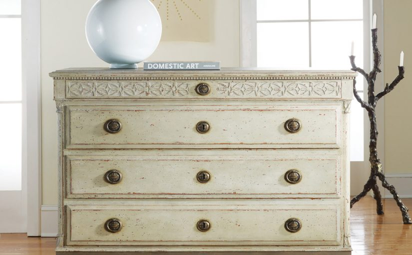 Hilton Head Furniture Store - Large Gustavian 4 Drawer Commode